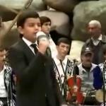 آهنگ تاجیکی جان مادرم همراه با متن و پخش آنلاین